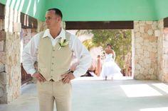 #destinationwedding #mexicowedding #iberostar #weddingblog #wedding #firstsee #adventurephotos