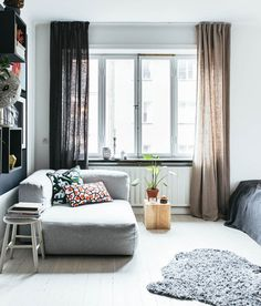 http://www.poppytalk.com/2017/01/a-small-space-in-stockholm.html