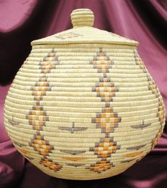 YUP'IK Eskimo Grass Basket Geometric Dyed Fiber Bering Sea Coast Region Alaska, late 20th. C.