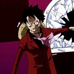 Luffy smashing mirror one piece One Piece Tumblr, One Piece Gif, One Piece Comic, Mugiwara No Luffy, Amaama To Inazuma, Nijiiro Days, Sanji One Piece, Zoro Nami, Devian Art