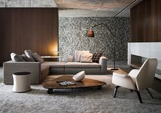 Texture, texture, texture. Love the coffee table although not terribly practical at that height. rr interieurs / privé-woning