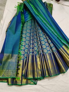 Kanchipuram Saree Wedding, Kanjivaram Sarees Silk, Indian Silk Sarees, Latest Silk Sarees, Pure Silk Sarees, Cotton Saree, Bridal Sarees South Indian, South Silk Sarees, Wedding Silk Saree
