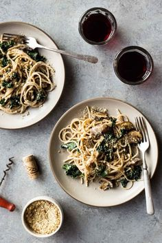 Spaghetti with Roasted Garlic Cauliflower Sauce - Dishing Up the Dirt
