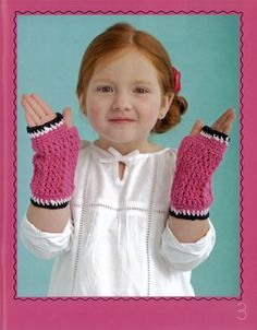 Cute fingerless gloves for a little girl