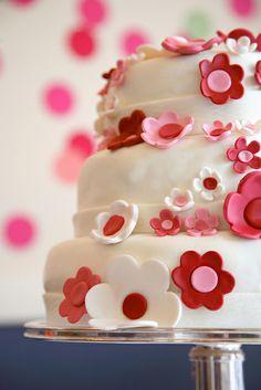 @KatieSheaDesign ♡❤ #Cakes ❤♡ ♥ ❥  cherry blossom flower cake, sweet kiera