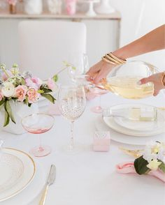 """1,259 Likes, 13 Comments - Fashionable Hostess (@fashionablehostess) on Instagram: """"Details #FashionableHostess #FHPartyIdeas #Valentinesday #galentines #ltkhome @liketoknow.it…"""""""