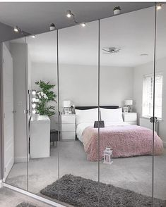 The way you decorate your home is somehow similar to choosing beautiful clothes to wear on a daily basis. An impressive interior decoration of your home or office is essential for your own state of mind, if nothing else. Bedroom Decor For Teen Girls, Room Ideas Bedroom, Home Decor Bedroom, Bedroom Interiors, Girl Decor, Decor Room, Bedroom Bed, Bedroom Inspo, Wardrobe Design Bedroom