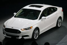 Wow the Ford Fusion looks very Aston Martin-y. Me like!