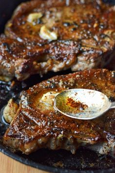 Rib eye steaks are perfectly cooked full of flavor and melt in your mouth tender. Restaurant quality steak you can make at home. eye steak recipe Pan Seared Garlic Rib eye Steak - Butter Your Biscuit Steak Recipes Pan, Steak Dinner Recipes, Grilled Steak Recipes, Meat Recipes, Cooking Recipes, Beef Ribeye Steak Recipe, Barbecue Recipes, Barbecue Sauce, Tbone Steak In Oven