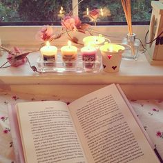 Find images and videos about pink, flowers and girly on We Heart It - the app to get lost in what you love. Girly Girl, Ideas Para Organizar, Just Girly Things, Girly Stuff, Girl Things, Getting Cozy, I Love Books, Read Books, No Time For Me