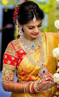 Latest 40 Classic Bridal Pattu Sarees For Your Wedding Day Saree Hairstyles, Indian Bridal Hairstyles, Telugu Wedding, Saree Wedding, Wedding Bride, Beautiful Saree, Beautiful Bride, Bridal Hair Buns, Pattu Saree Blouse Designs