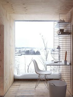 Modern rustic home office space. The Swedish String shelf. See more at String Furniture. Home Office Inspiration, Interior Inspiration, Office Ideas, Design Inspiration, Workspace Inspiration, Interior Ideas, Office Designs, Bureau Design, Interior Architecture