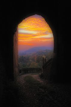 Lobefaro Old stones, Great sky, Bold colors and some Tricks ; Castello di Valdengo, Piedmont Italy Please take a look at my interview with Eduardo Amorim Beautiful Sunset, Beautiful World, Beautiful Places, Beautiful Pictures, Peaceful Places, Great Photos, Amazing Photos, Beautiful Landscapes, Wonders Of The World