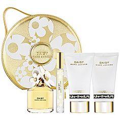 Oh lala Daisy. Marc Jacobs Daisy, Sephora, Bath And Body, Fragrance, Perfume, My Style, Gifts, Beauty, Random Stuff