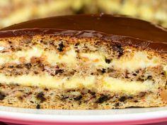 Rețeta celui mai bun tort cu nucă – îl prepar când vreau ceva deosebit! Apple Desserts, Just Desserts, Sweets Recipes, Cooking Recipes, Hungarian Cake, Romanian Desserts, Banana Pie, Specialty Cakes, Marzipan