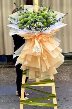Flower Room Decor, Flower Stands, Flower Arrangements, Planter Pots, Bouquet, Flowers, Hand Bouquet, Floral Arrangements, Bouquet Of Flowers