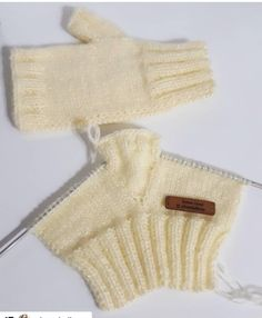 Knitted Mittens Pattern, Fingerless Gloves Knitted, Knitting Wool, Sweater Knitting Patterns, Knit Mittens, Knitting Designs, Knitting Socks, Baby Knitting, Crochet Baby