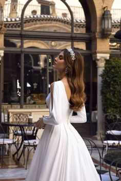 Vintage A-line Wedding Dress 2019 Reflective Dress Button Slit Long Sleeve Court Train Fluffy Simple Bridal Gown Simple Wedding Gowns, Wedding Gowns With Sleeves, Long Wedding Dresses, Long Sleeve Wedding, Cheap Wedding Dress, Dresses With Sleeves, Fluffy Wedding Dress, Long Sleeve Bridal Dresses, Slit Wedding Dress