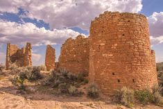 Hovenweep Castle was probably not a residence, but it was named by early explorers who saw its resemblance to ancient European castles. Cool Places To Visit, Places To Travel, Jemez Springs, Utah Vacation, Vacation Ideas, Early Explorers, Ancient Ruins, Monument Valley, Beautiful Places