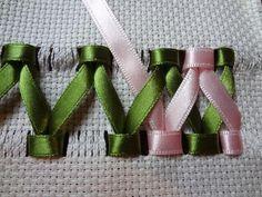 Wonderful Ribbon Embroidery Flowers by Hand Ideas. Enchanting Ribbon Embroidery Flowers by Hand Ideas. Silk Ribbon Embroidery, Cross Stitch Embroidery, Embroidery Patterns, Hand Embroidery, Embroidery Books, Machine Embroidery, Ribbon Embroidery Tutorial, Ribbon Art, Ribbon Crafts