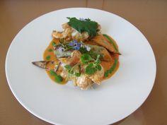 JHS /  Braisés ailes de poulet avec des tomates et des herbes, cannoli de pommes de terre avec ratatouille Gino D'Aquino