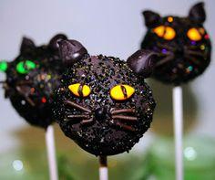 Black Cats! Meow.