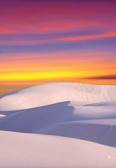 White Sands at sunset. Our beloved New Mexico--'The Land of Enchantment'. Beautiful World, Beautiful Places, Stunningly Beautiful, Beautiful Scenery, Places Around The World, Around The Worlds, Vida Natural, Image Nature, Land Of Enchantment