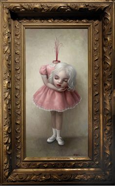 A colpo d'occhio le opere color pastello di Mark Ryden fanno pensare all'infanzia, un mondo innocente e fiabesco, ma se ci si sofferma un istante in più immediatamente si percepisce che qualcosa di…