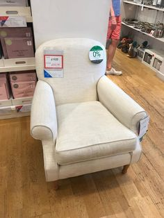 Linen Bedding, Armchair, Living Room, Furniture, Home Decor, Linen Sheets, Sofa Chair, Single Sofa, Decoration Home