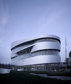 Mercedes Benz Museum - Germany - UN Studio (photos by Michael Schnell)
