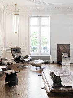 Vintage chique interior - via cocolapinedesign.com
