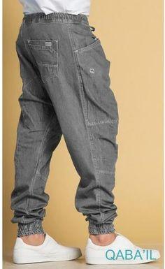 Mens Cuffed Pants, Denim Cargo Pants, Mens Joggers, Harem Pants, Urban Fashion, Mens Fashion, Muslim Fashion, Muslim Men, Muslim Couples