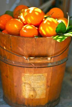 Color Naranja - Orange!!! Oranges http://www.naranjasibericas.es/tienda/promociones/#cc-m-product-5834071811