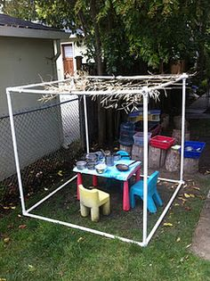 Free plans of pvc pipe structures greenhouse cold frame for Pvc playhouse kit