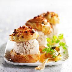 Découvrez la recette du profiterole au foie gras et à l'ananas