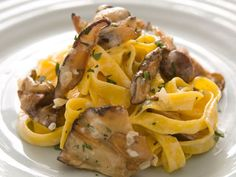 Tagliatelle with wild shiitakes, garlic and thyme
