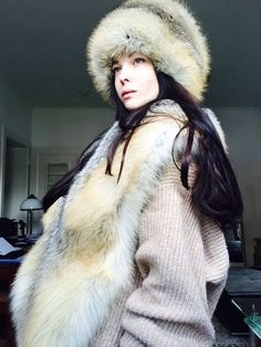 New Black Patterned Tight Fitting Beanie Fox Fur Pom Pom Efurs4less