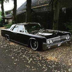 @Suicide_Slabs @Suicide_Slabs @fourneauigor's 1963 Lincoln Continental is so…
