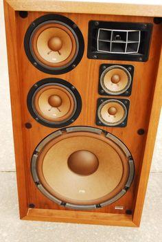 Ultra Premium Portable Bluetooth Speakers by ThumpCaseStore Laptop Speakers, Monitor Speakers, Bluetooth Speakers, Kenwood Audio, Sound Room, Speaker Design, Hifi Audio, Surround Sound, Wedding Art