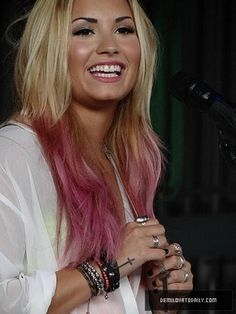 Demi Lovato, dip dye hair    im liking this haha but i cant pull this off with dark hair.