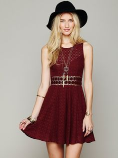 Free People Fitted With Daisies Dress http://www.freepeople.com/whats-new/fitted-with-daisies-dress/