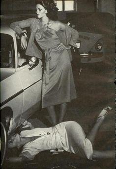 Photo Helmut Newton | Models Lisa Taylor & Jerry Hall