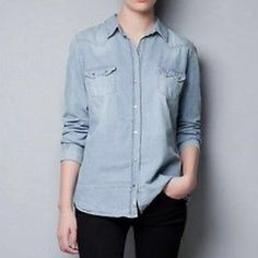 Zara trafaluc chambray shirt Like new size xs Zara Tops Button Down Shirts