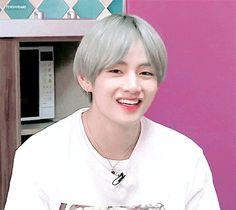 V Smile, V Gif, Taekook, Taehyung, Army, Kpop, Bebe, Gi Joe, Military