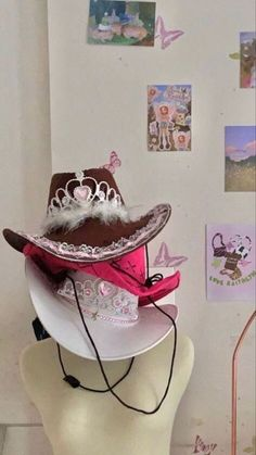 whatafeelingreags My New Room, My Room, Estilo Indie, Cowgirl Hats, Cowgirl Costume, Indie Room, Aesthetic Room Decor, Aesthetic Indie, Aesthetic Girl