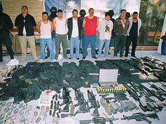 As the Mexican drug cartels obtain more control in Mexico, they are able to seep across the border and grab hold of the drug market in the United States. Pablo Emilio Escobar, Pablo Escobar, Mafia, Mexican Drug War, Chapo Guzman, London Police, Drug Cartel, Leaf Border, Criminal Justice