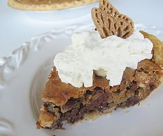 Nestles Tollhouse Pie Purple Chocolat Home, Toll House Pie Recipe, Toll House Chocolate Chip Pie Baked in AZ. Read More About This Recipe . Pie Recipes, Sweet Recipes, Dessert Recipes, Dessert Ideas, Easy Recipes, Yummy Treats, Delicious Desserts, Yummy Food, Desert Recipes