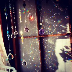 虹のシャワー rainbow shower  suncatcher crystal beads handmade craft