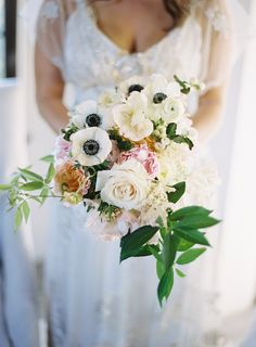 wedding bouquet idea; photo: Virgil Bunao