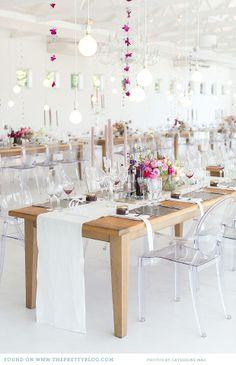 Modern & classic wedding decor | Photo: Catherine Mac, Wedding decor & flowers: Okasie